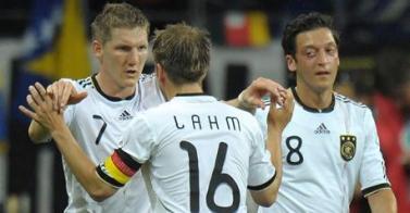 Mundial 2010 : La nueva Alemania va lanzada