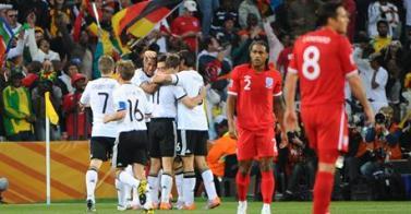 Mundial 2010 - Alemania jubila a la Inglaterra de Capello