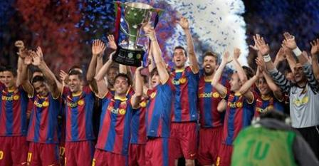 Otro trofeo de campeón de Liga y muchos pimientos en el Camp Nou. De nuevo, el Barça gana en futbol y originalidad. - 2